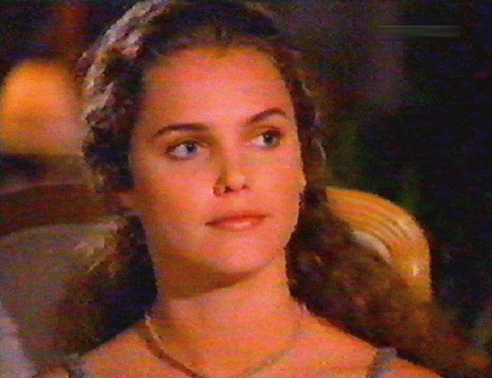 BabeStop - World's Largest Babe Site - keri_russell065.jpg